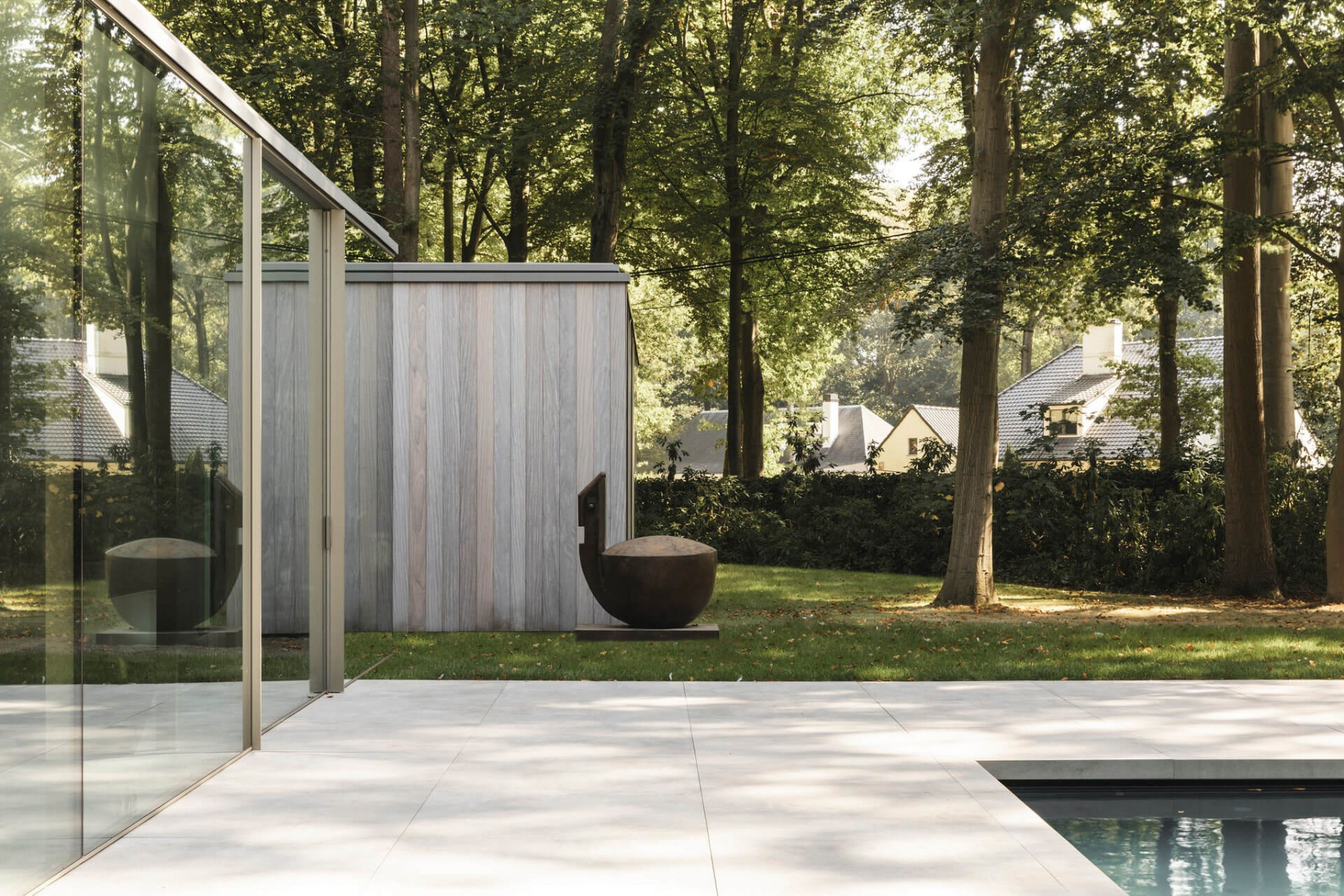 poolhouse afrormosia planchet 8